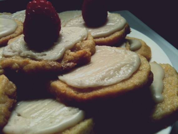 Raspberries on lemon cookies