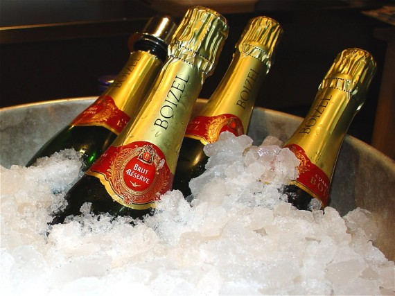 champagne ice